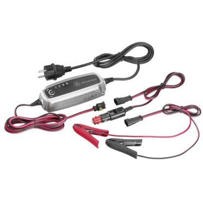 Ladegerät mit Ladeerhaltungsfunktion, 5 A, für Bleisäure- und Lithiumbatterien, ECE