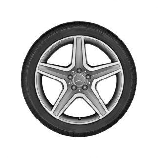 Mercedes-Benz Winter Kompletträder Satz, AMG 5-Speichen-Design, titangrau, glanzgedreht, GLA, 19 Zoll