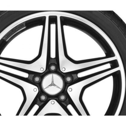AMG Winterkompletträder Satz, A-Klasse, B-Klasse, CLA, 18 Zoll, 5-Doppelspeichen Design