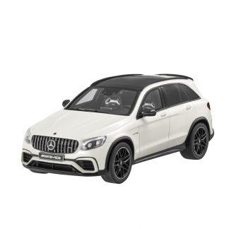 Mercedes-AMG GLC 63 SUV, Modellauto, Maßstab 1:18