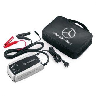 Mercedes-Benz, Ladegerät mit Ladeerhaltungsfunktion, 25 A